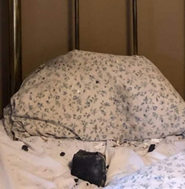 Женщина из Канады показала фото кровати, после того как проснулась рядом с метеоритом, который лежал на соседней подушке