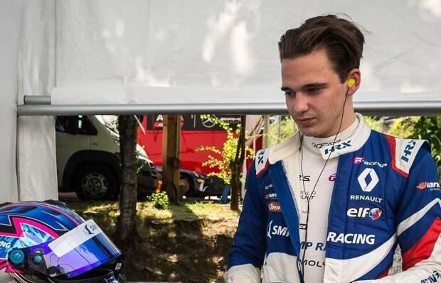 Автогонщик Александр Смоляр признался в отсутствии водительских прав