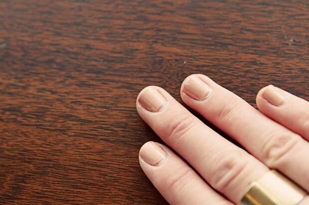 Берегите ногти: 5 ошибок, которые быстро уничтожат даже стойкий маникюр гель-лаком