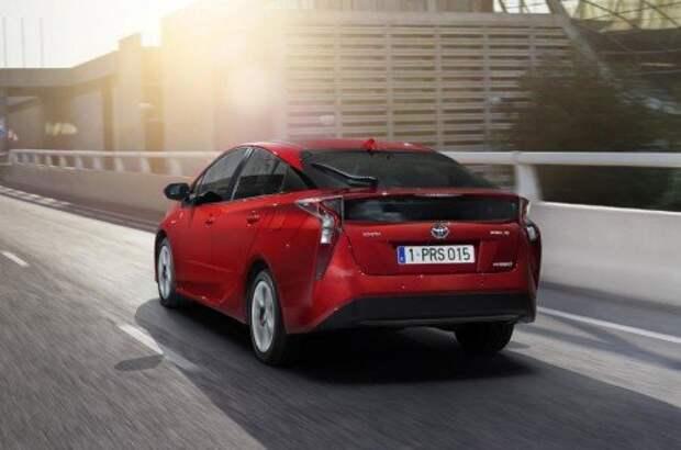 Официально: 2016 Toyota Prius уже здесь (ФОТО)