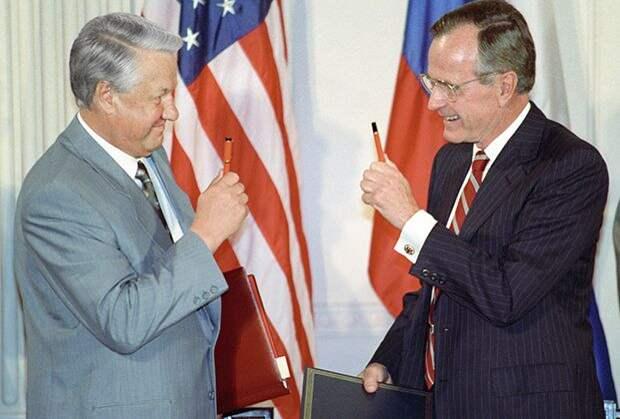 «С 1993 года Ельцин занимал должность президента незаконно»
