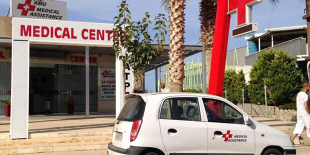 Греция одобрила вакцинацию от COVID-19 подростков 12-15 лет