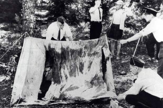 Палатка исследуется сразу после убийства.