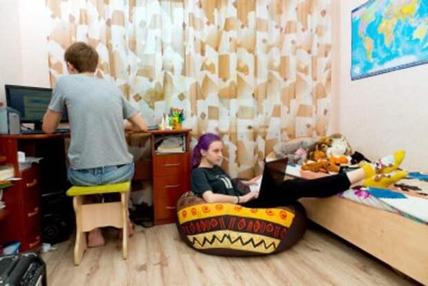 Челябинскую школу отправили на дистант из-за ковида у учителя