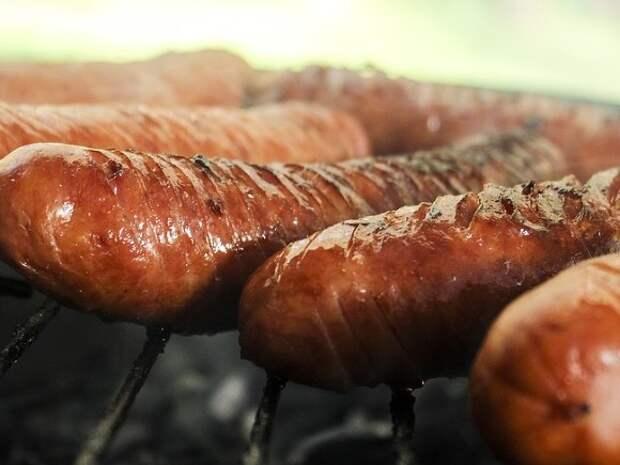 «Роскачество»: 25% «сливочных» сосисок произведены с нарушениями по безопасности