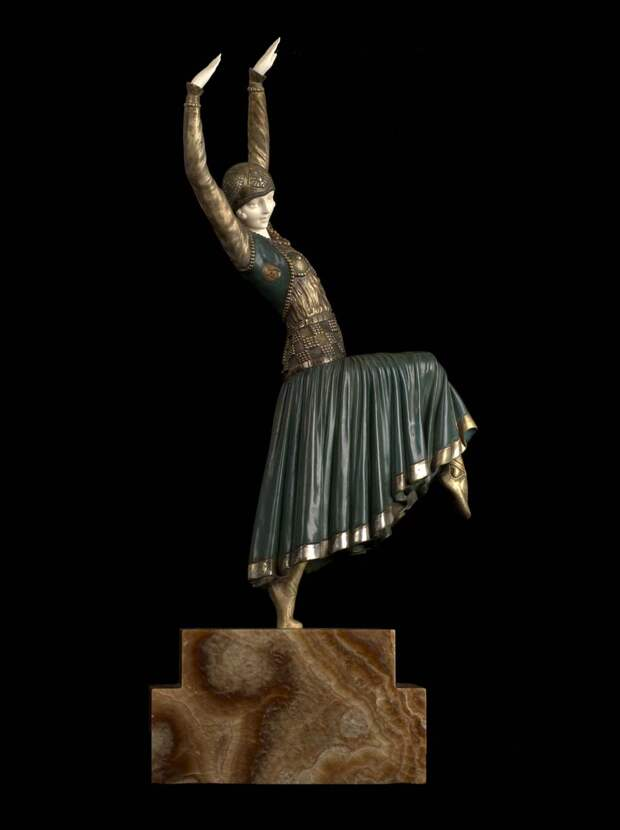 Румынский скульптор Demetre Chiparus. Ожившая бронза