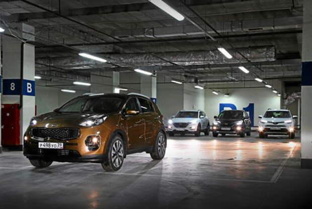 Кроссоверы-бестселлеры: новый Kia Sportage против Hyundai Tucson, Toyota RAV4 и Honda CR-V