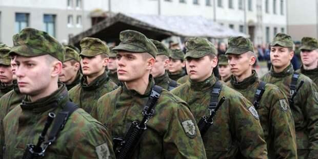 Литовские призывники пожаловались на отдельное меню для американских сослуживцев