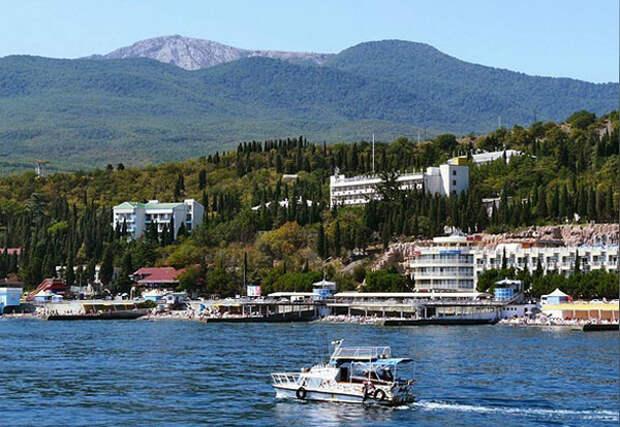 Всем выйти из сумрака - крымских отельеров обяжут платить налоги