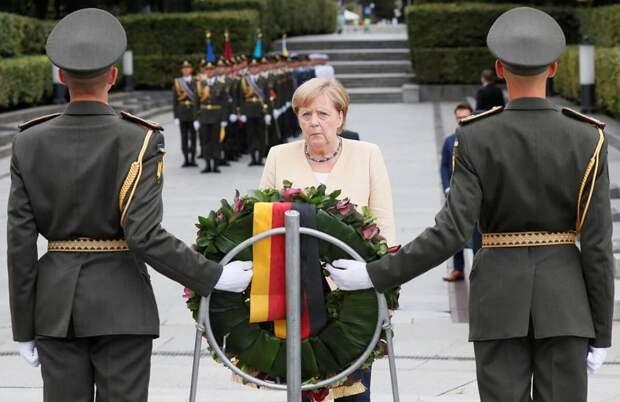 Блиц-визит Меркель в Киев. Даже в украинской прессе нет оптимизма по итогам встречи Зе и Ме