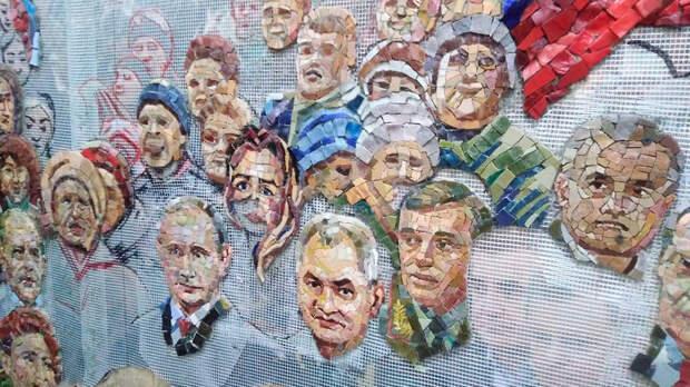 Портреты Путина и Сталина в главном храме армии - традиции! РПЦ.