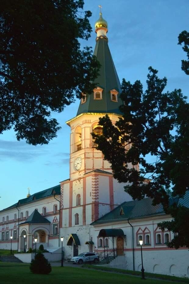 В поисках вдохновения - Валдайский Иверский Богородицкий Святоозерский мужской монастырь