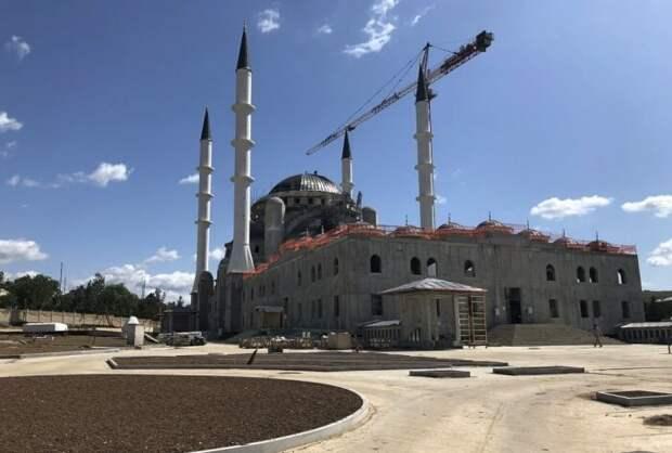 Открытие Соборной мечети в Крыму снова откладывается