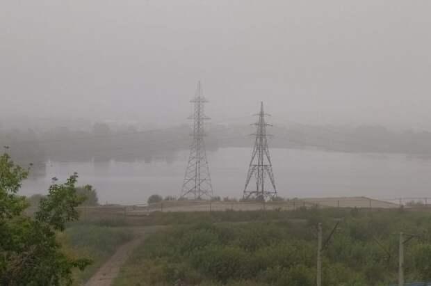 Челябинск окутал дым от тлеющих под Екатеринбургом торфяников