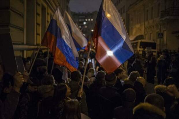 Русская мирная ответка: У посольства Украины прошла акция гнева (фото, видео)