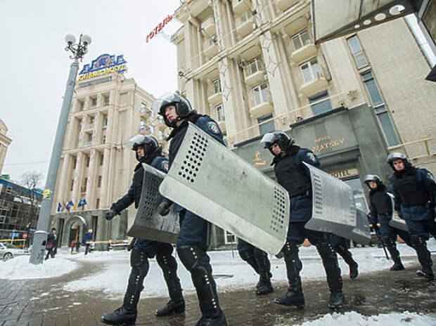 """О сотнях политзаключенных на Украине: «Наши русские интеллигенты, которые приезжают в Киев, не понимают, что на стене нарисована не просто закорючка, а стилизованная свастика"""""""