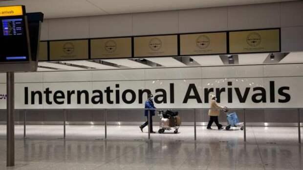 Великобритания прекращает авиасообщение с Индией