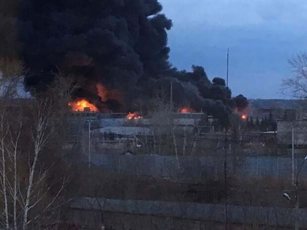 Волгограду последнее время везет на пожары со взрывами: на сей раз горело рядом с СК региона