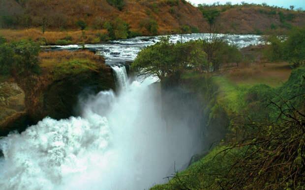 Водопад Мурчисон или Карума
