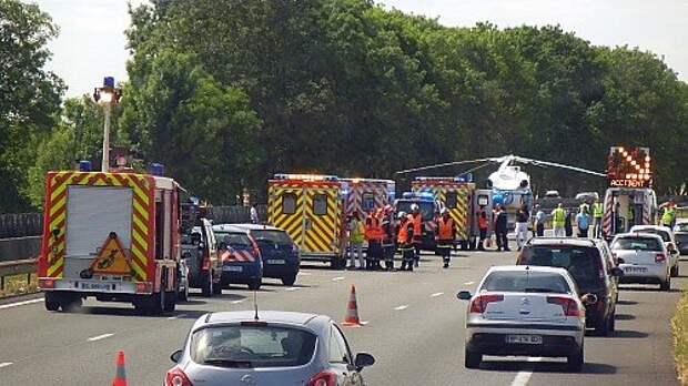 Силы и средства экстренных служб, задействованных при оказании помощи при ДТП на Северной  автомагистрали A1 в Иль-де-Франс
