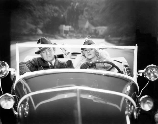 Как производители автомобилей полвека плевали на безопасность женщин