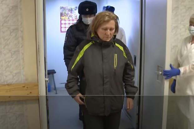 Доктор Мясников оправдал силовика, ударившего женщину в Санкт-Петербурге