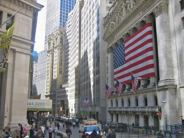 Американская экономика терпит крах