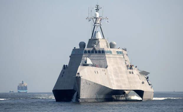 Как устроен первый стелс-эсминец США