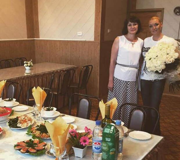 Глава района отказался ужинать с  Волочковой