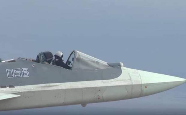 Полет с ветерком: в США оценили необычные кадры испытаний Су-57