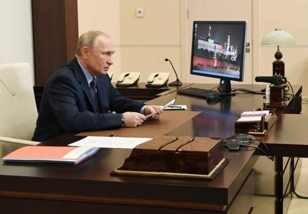 В Кремле объяснили отказ Путина ставить прививку от коронавируса