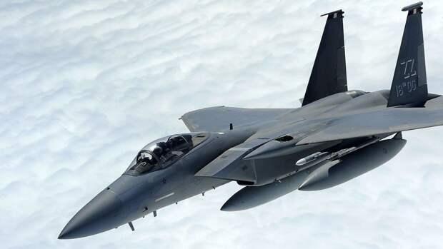 В США объяснили, почему истребители F-15 и F-16 были передислоцированы в Польшу