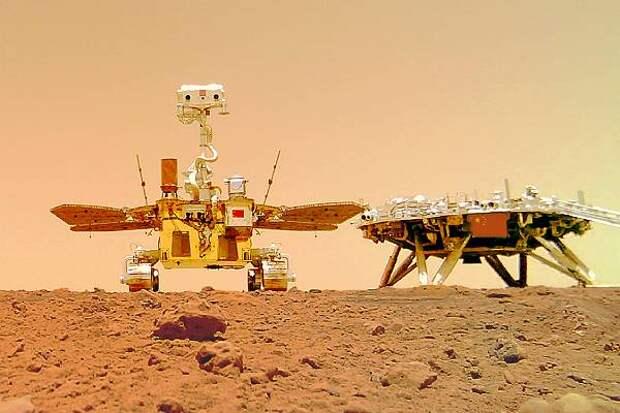Китайский марсоход «Чжужун» добрался до марсианского «бездорожья»