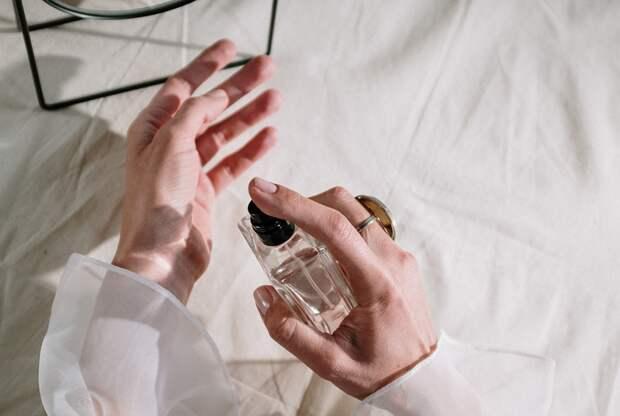 10 самых шлейфовых ароматов для женщин