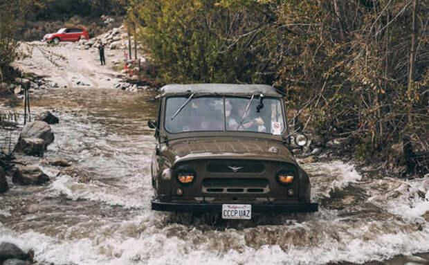 Это Ю-Эй-Зи – Рашн Хаммер! УАЗ-469 протестировали на оффроуде в Америке