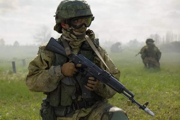 Спецназ ЦВО ликвидирует условную бандитскую ячейку в городских условиях