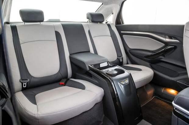 Встречайте новую Лада Веста Сигнатур лимузин автоваза.