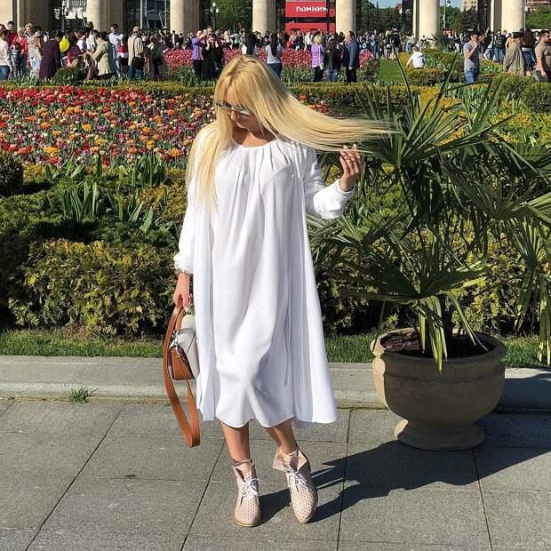 Лера Кудрявцева в спешке уехала из страны