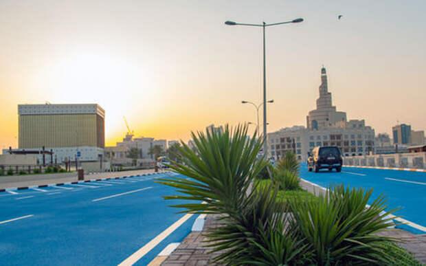 Власти Катара экспериментируют с цветами для покраски асфальта