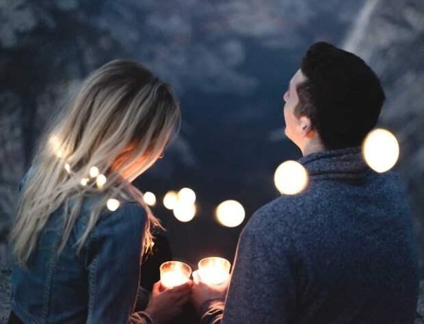 Как перестать испытывать ревность и неуверенность в ваших отношениях