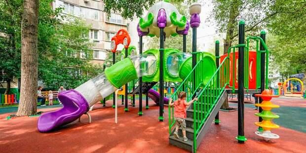 С детской площадки на Ташкентской убрали мусор — Жилищник