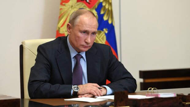 Путин вступился за недополучающих зарплату молодых ученых