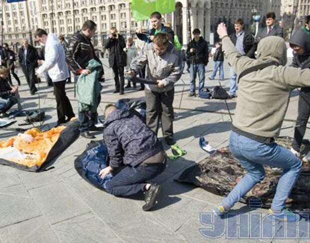 Майдан передумал расходиться, сообщают СМИ