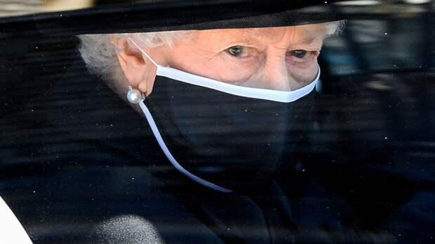 Королева Елизавета II встретит свой 95-летний юбилей без традиционного салюта