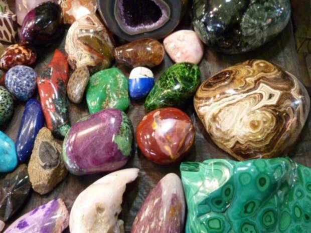 Раскрытие чакр с помощью украшений и камней-талисманов