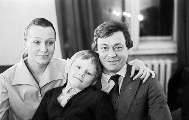 Как живет сын Николая Караченцова, который не стал идти по стопам отца