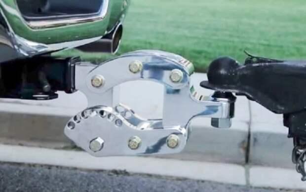 Прицепное устройство Phino Hitch значительно упрощает буксировку прицепов. /Фото: cdn0.wideopenspaces.com