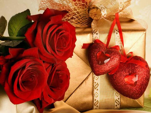 Букет роз и сюрприз