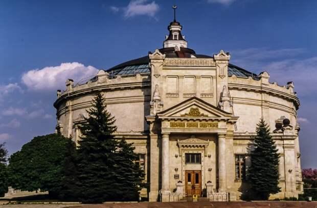 Панорама будет бесплатной в сентябре для гостей Севастополя, одетых по моде 1854 года