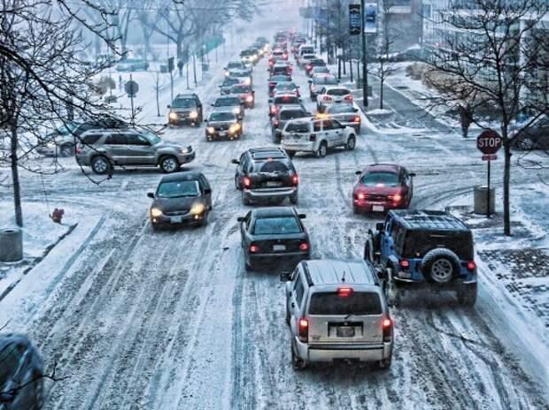 Опасное вождение: почему происходят ДТП и как их избежать